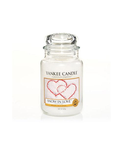 Yankee Candle ароматна свещ SNOW IN LOVE